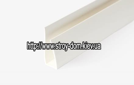 Профиль ПВХ стартовая полоса белая ( 3 м.п. )