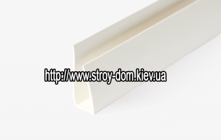 Профиль ПВХ стартовая полоса салатовая ( 3 м.п. )