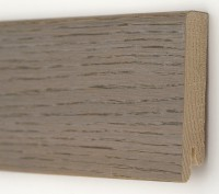 Плинтус деревянный шпонированный Ключук (Kluchuk) Модерн Дуб Полярный 80х18х2400