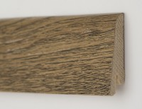 Плинтус деревянный шпонированный Ключук (Kluchuk) Рустик Дуб античный 60х19х2200