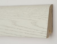 Плинтус деревянный шпонированный Ключук (Kluchuk) Рустик Дуб арктик 80х19х2200
