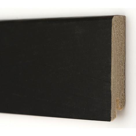 Фото - Плинтус деревянный шпонированный Kluchuk Модерн Дуб черный 80х18х2400 Черный KLM8016
