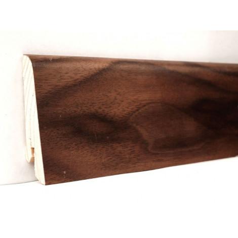 Фото - Плинтус деревянный шпонированный Kluchuk Евро Орех американский 60х18х2400 Коричневый KLE6006