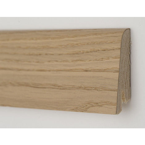 Фото - Плинтус деревянный шпонированный Kluchuk Рустик Дуб карамельный 60х19х2200 Светло коричневый KLR6006