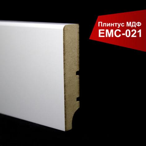 Фото - Плинтус крашенный МДФ EMC белый матовый 021