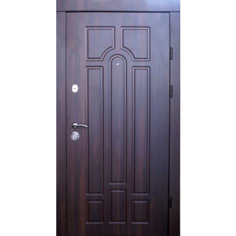 Фото - Входная дверь Qdoors Премиум Канзас 950 квартира орех темный