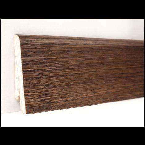 Фото - Плинтус деревянный шпонированный Kluchuk Евро Дуб браун 60х18х2400 Коричневый KLE6013