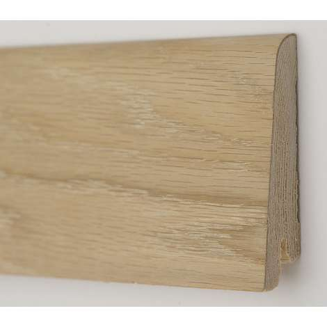 Фото - Плинтус деревянный шпонированный Kluchuk Рустик Дуб шлифованный 60х19х2200 Светло коричневый KLR6001