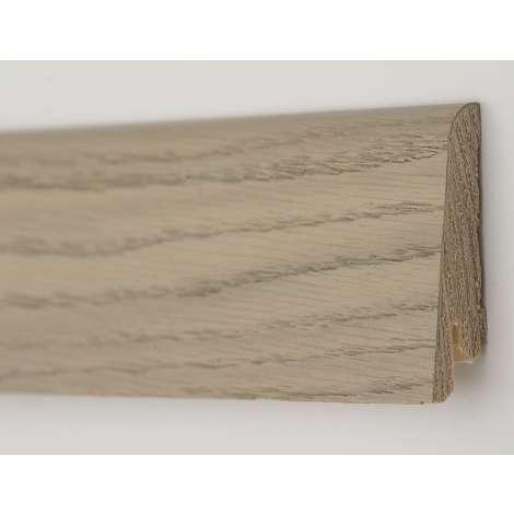 Фото - Плинтус деревянный шпонированный Kluchuk Рустик Дуб серебряный 80х19х2200 Светло коричневый KLR8005
