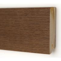 Картинка - Плинтус деревянный шпонированный Kluchuk Модерн Дуб браун 80х18х2400 Коричневый KLM8013