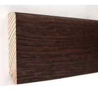 Картинка - Плинтус деревянный шпонированный Kluchuk Модерн Дуб Коньяк 80х18х2400 Темно коричневый KLM8011
