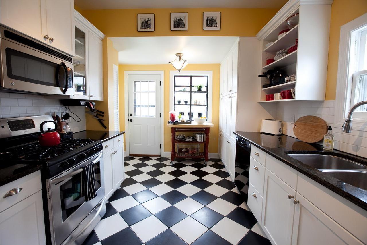 Напольные покрытия для нежилых пространств квартиры или дома